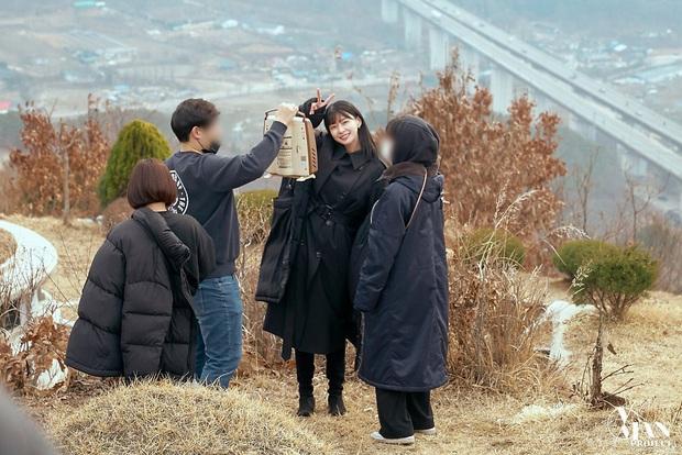 Bộ ảnh nữ phụ gây tranh cãi nhất Itaewon Class ở tập cuối: Visual bị ém bao lâu nay đã bung xoã, sống mũi như muốn đòi mạng fan - Ảnh 8.