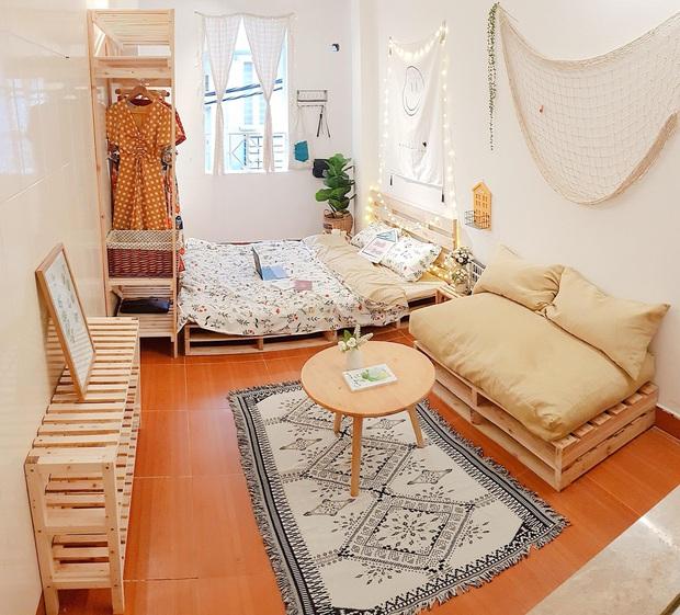 Mất 2 tuần và 10 triệu đồng, cô gái biến phòng trọ cũ kỹ thành không gian sống xinh xắn miễn bàn - Ảnh 1.
