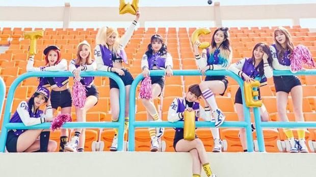 Những ca khúc của girlgroup trụ hạng vững vàng trên Melon: BLACKPINK và TWICE xâm chiếm top 10 nhưng ai mới là người nắm giữ kỷ lục bền bỉ nhất? - Ảnh 14.