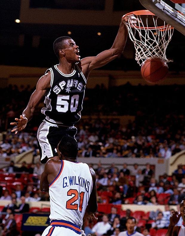 Wilt Chamberlain, LeBron James và top 10 màn chào sân ấn tượng nhất lịch sử NBA - Ảnh 3.