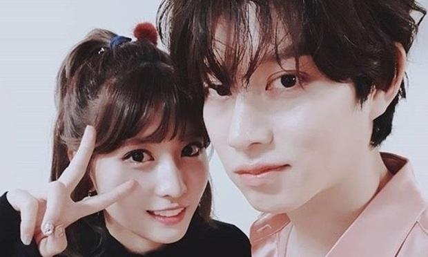 Song Ji Hyo kể chuyện chúc mừng Heechul hẹn hò, vô tình lộ chuyện siêu sao vũ trụ nhắn tin 2 người phụ nữ cùng lúc? - Ảnh 6.
