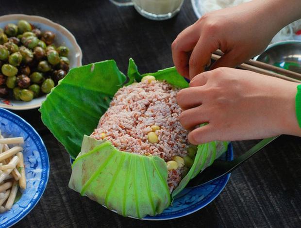 """Một món cơm Việt Nam có cái tên đậm chất """"kiếm hiệp"""", là đặc sản nức tiếng nhưng nhiều người chưa hề nghe qua - Ảnh 5."""