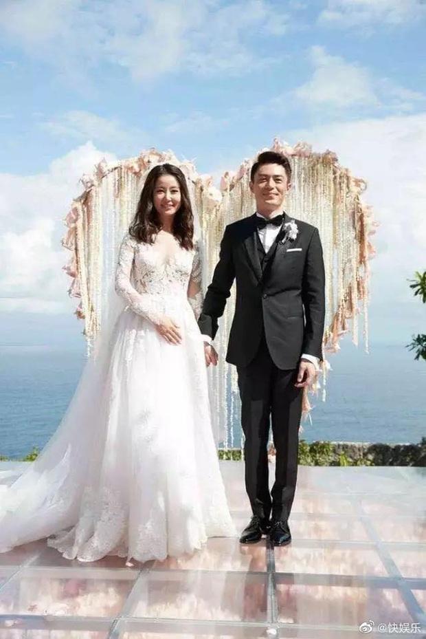 4 năm sau siêu đám cưới, Lâm Tâm Như - Hoắc Kiến Hoa mới đưa con gái trở lại Bali: Thái độ 2 vợ chồng gây chú ý! - Ảnh 3.