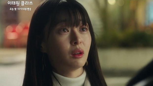 """3 nhân vật """"bỏ thì thương mà vương thì tội"""" ở Tầng lớp Itaewon, số 1 đích thị là nữ phụ vạn người mê Oh Soo Ah - Ảnh 5."""