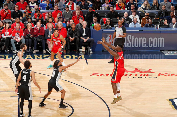 Wilt Chamberlain, LeBron James và top 10 màn chào sân ấn tượng nhất lịch sử NBA - Ảnh 2.