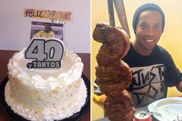 Hé lộ mới nhất về cuộc sống trong tù của Ronaldinho: Cậu ấy đang suy sụp. Nụ cười trên môi cũng không còn - Ảnh 2.