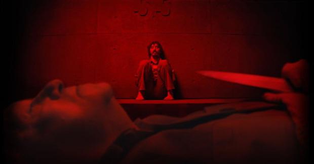 The Platform: Pha châm biếm hoàn hảo về thói hư giành giật đồ ăn của con người, phim kinh dị đáng xem nhất lúc này - Ảnh 8.