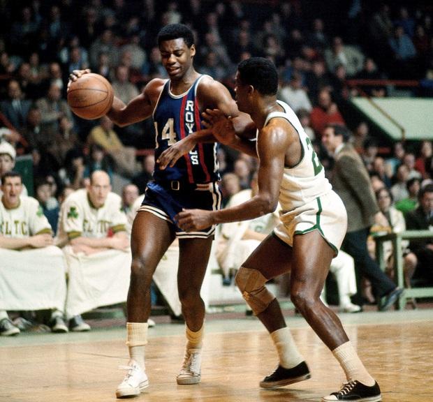 Wilt Chamberlain, LeBron James và top 10 màn chào sân ấn tượng nhất lịch sử NBA - Ảnh 8.