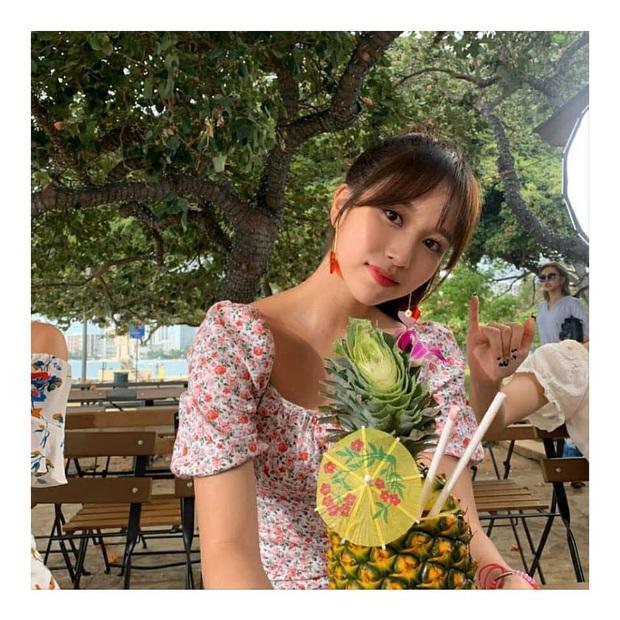 Lâu lắm mới lộ diện, mỹ nhân nước mắt kim cương Mina (TWICE) gây bão với mái tóc mới: Đúng là visual shock của Kpop! - Ảnh 12.