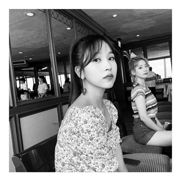 Lâu lắm mới lộ diện, mỹ nhân nước mắt kim cương Mina (TWICE) gây bão với mái tóc mới: Đúng là visual shock của Kpop! - Ảnh 16.