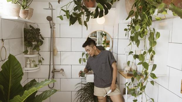 Biến góc nhà ẩm mốc cũ kĩ thành nhà tắm phong cách tropical trên cả cool, chàng trai khiến hội chị em thi nhau nhận idol - Ảnh 4.