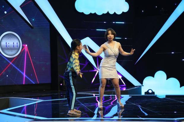 Từng bị từ chối ở show hẹn hò vì khoe chuột, cô giáo aerobic tấn công sang sân khấu hài - Ảnh 1.
