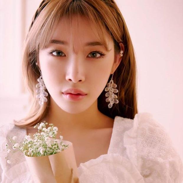 6 idol Kpop sở hữu nốt ruồi hoàng kim: Tưởng dìm nhan sắc nhưng lại giúp upgrade khí chất bất ngờ, lại còn sexy lạ - Ảnh 8.