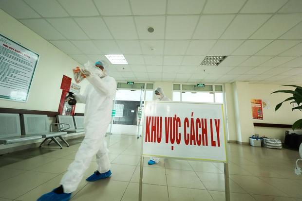 Người tham gia chống dịch Covid-19 ở Hà Nội được hỗ trợ bao nhiêu tiền/ngày? - Ảnh 1.