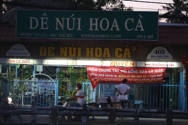 Nhà hàng, phòng gym, salon tóc, quán nhậu,... ở Sài Gòn đồng loạt đóng cửa theo chỉ thị để phòng dịch Covid-19 - Ảnh 11.