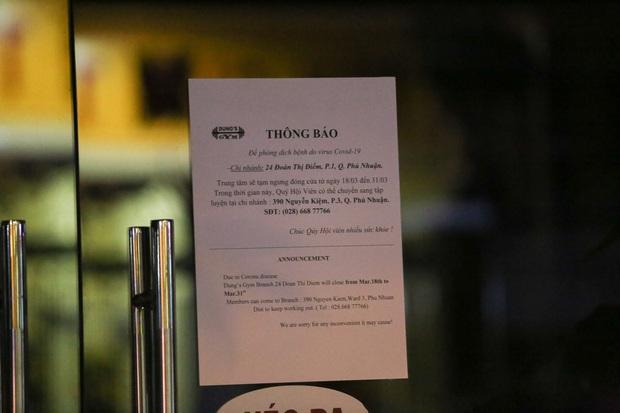 Nhà hàng, phòng gym, salon tóc, quán nhậu,... ở Sài Gòn đồng loạt đóng cửa theo chỉ thị để phòng dịch Covid-19 - Ảnh 2.