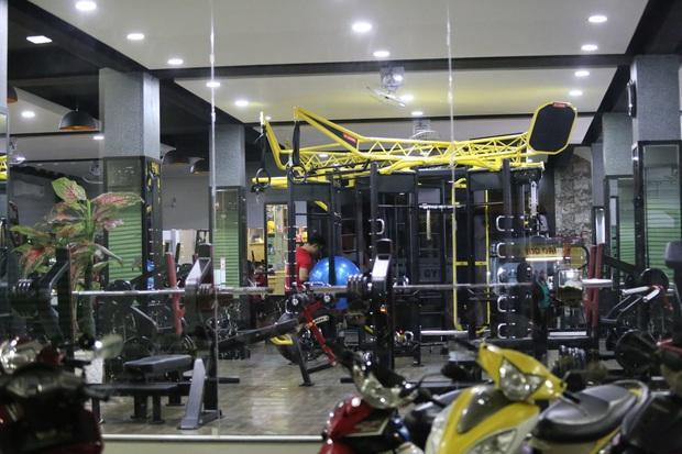 Nhà hàng, phòng gym, salon tóc, quán nhậu,... ở Sài Gòn đồng loạt đóng cửa theo chỉ thị để phòng dịch Covid-19 - Ảnh 3.