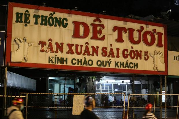 Nhà hàng, phòng gym, salon tóc, quán nhậu,... ở Sài Gòn đồng loạt đóng cửa theo chỉ thị để phòng dịch Covid-19 - Ảnh 18.