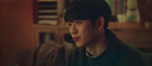 A Piece of Your Mind mở đầu đã ngỡ phim bách hợp, Jung Hae In bị tình đầu né như tránh tà là có lí do? - Ảnh 2.