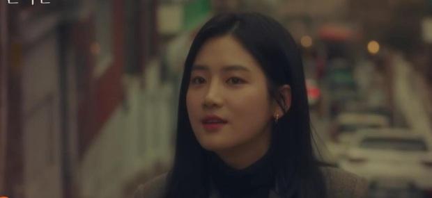 A Piece of Your Mind mở đầu đã ngỡ phim bách hợp, Jung Hae In bị tình đầu né như tránh tà là có lí do? - Ảnh 3.