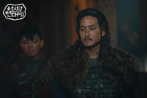 Vừa hết Tầng Lớp Itaewon đã ra phim gắn mác 18+ với cảnh giường chiếu nặng đô, jTBC quyết tâm chơi lớn? - Ảnh 5.