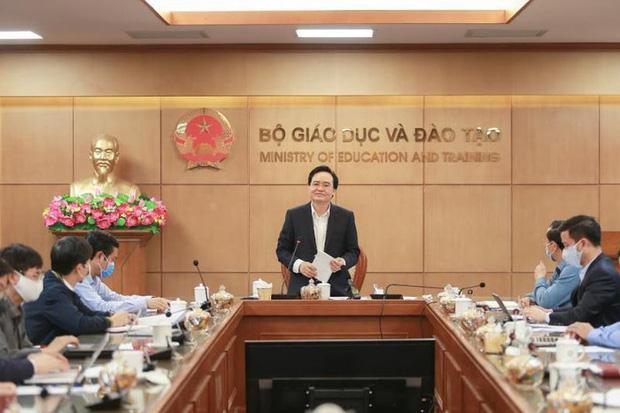 Bộ trưởng Phùng Xuân Nhạ yêu cầu sớm công bố đề thi tham khảo THPT quốc gia 2020 - Ảnh 1.