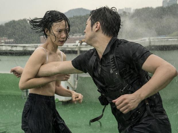 Nữ hoàng cảnh nóng Bae Doona: Siêu sao đẳng cấp Hollywood không ngại đóng vai phụ, chuyên trị phim 18+ nhưng không tục - Ảnh 6.
