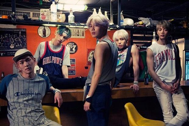 """Năm hoàng kim của SM với loạt gà chiến: SNSD lấy lại phong độ sau khi mất thành viên, Red Velvet vụt sáng còn EXO vững ngôi """"ông hoàng"""" - Ảnh 11."""
