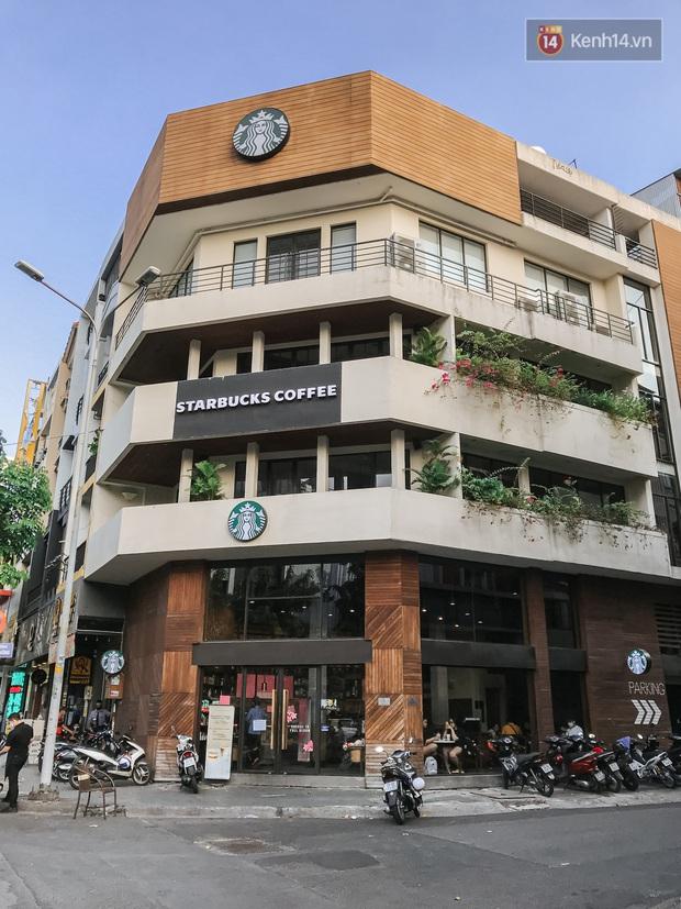 Quán xá Sài Gòn sau khi có lệnh tạm dừng hoạt động để chống dịch Covid-19: Nơi đóng cửa hàng loạt, chỗ lại tấp nập lạ thường - Ảnh 31.