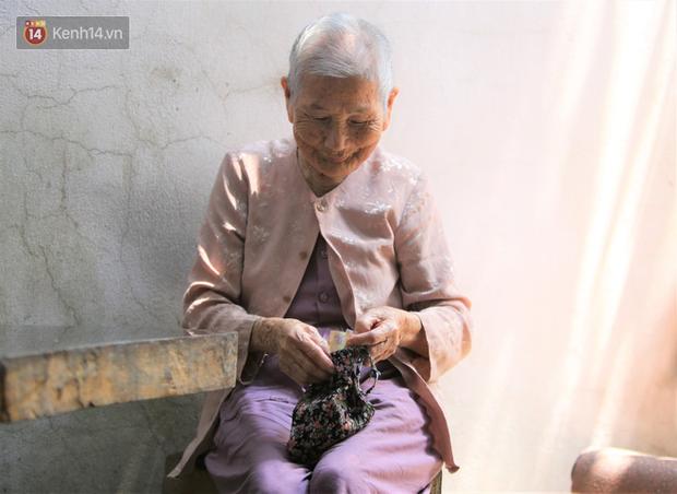 Gặp mẹ Việt Nam Anh hùng tặng hết tiền dành dụm để chống dịch: Hồi xưa mẹ nuôi bộ đội đánh Mỹ, giờ mẹ giúp nhà nước thắng giặc vi rút - Ảnh 3.