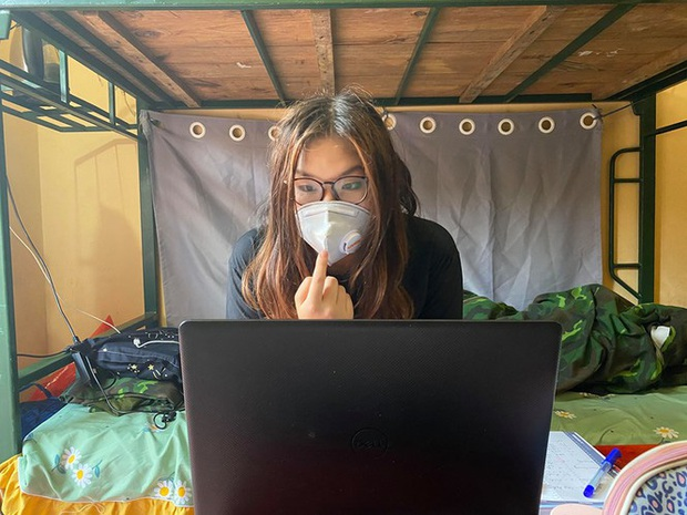 Tâm sự du học sinh làm 'cô giáo online' trong khu cách ly - Ảnh 1.