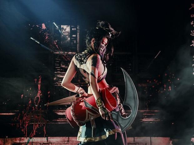 Chiêm ngưỡng vẻ nóng bỏng chết người của cô nàng cosplayer người Hàn Quốc khi hóa thân vào sát thủ đơn độc Akali - Ảnh 3.