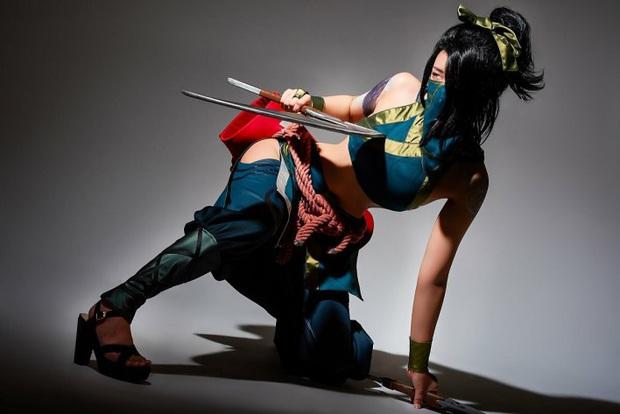 Chiêm ngưỡng vẻ nóng bỏng chết người của cô nàng cosplayer người Hàn Quốc khi hóa thân vào sát thủ đơn độc Akali - Ảnh 4.
