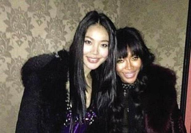 Tiểu tam nức tiếng Trung Quốc: Trắng trợn giật bồ ân sư Naomi Campell, trả giá bằng sự nghiệp Hoa hậu lụi tàn - Ảnh 5.