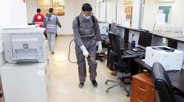 Libya công bố trường hợp nhiễm COVID-19 đầu tiên - Ảnh 1.
