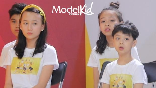 Model Kid: Quang Đại bất ngờ lên tiếng, Hương Ly đỏ hoe mắt, các thí sinh nhí ôm mặt lo lắng - Ảnh 9.