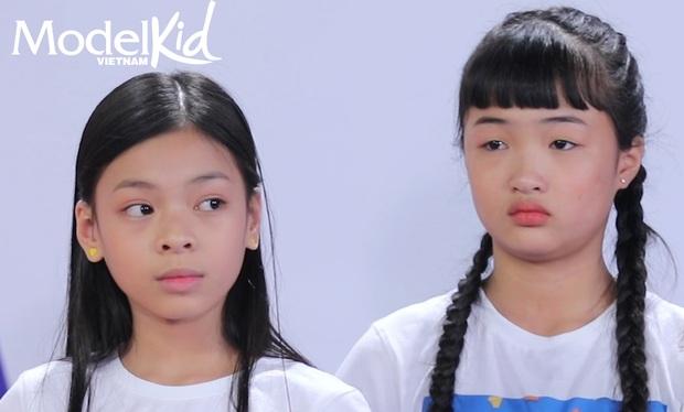 Model Kid: Quang Đại bất ngờ lên tiếng, Hương Ly đỏ hoe mắt, các thí sinh nhí ôm mặt lo lắng - Ảnh 2.