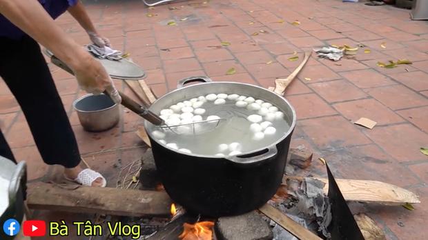 Vừa làm món chông chênh vừa đọc thành ngữ nhưng bà Tân lại đọc sai bét câu thành ngữ Việt Nam quen thuộc - Ảnh 6.