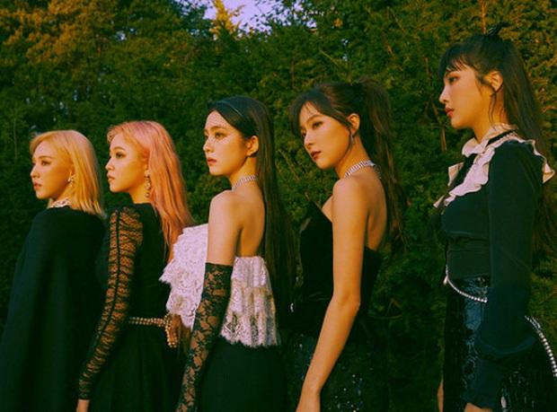Là nhóm nữ thứ 3 đạt thành tích YouTube khủng sau BLACKPINK và TWICE nhưng Red Velvet vẫn đầu hàng trước kỉ lục EXO tại SM - Ảnh 2.