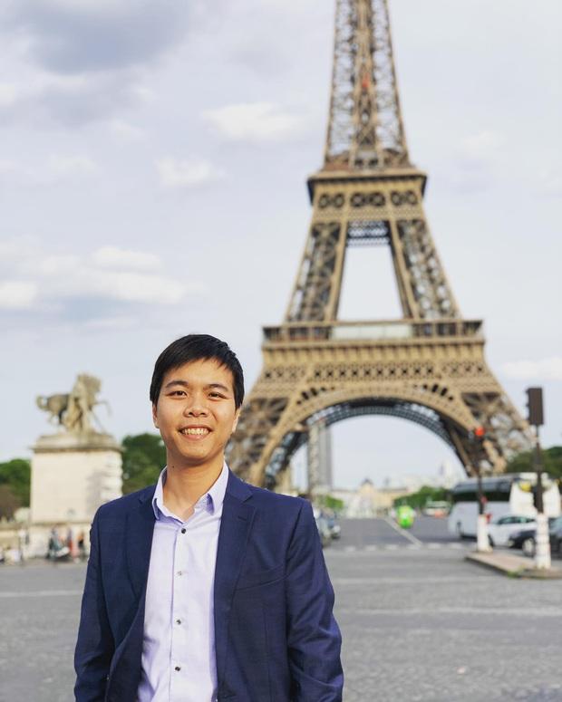 Chàng trai Việt viết báo cáo được đăng trên tạp chí khoa học quốc tế từ khu cách ly: Nếu mỗi người là 1 cánh bướm, sẽ có cơn bão lớn nhất hành tinh thổi bay Covid-19 - Ảnh 5.