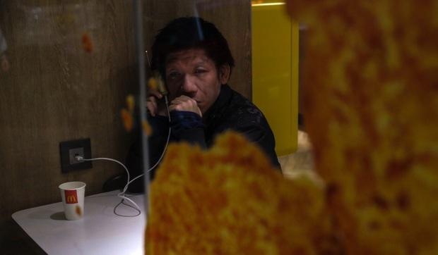 Chúng tôi còn biết đi đâu? - người vô gia cư Hong Kong mất nơi trú ẩn cuối cùng khi loạt cửa hàng McDonalds đóng cửa phòng dịch Covid-19 - Ảnh 3.