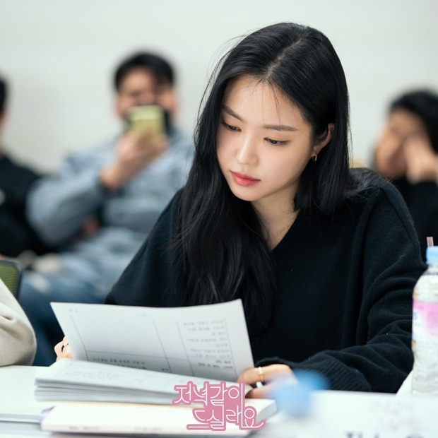 Gặp tình địch ở buổi đọc kịch bản, chị đẹp Triều Tiên Seo Dan tưởng thắng thế ai dè lại bị dìm thê thảm vì tóc mái thế này - Ảnh 5.