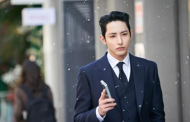 Born Again lên sàn tưởng hot vì chuyện đầu thai, ai dè nhan sắc Jang Ki Yong và Lee Soo Hyuk mới là thứ nóng nhất bà con ơi! - Ảnh 4.