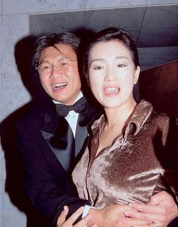 Fan lo lắng khi chồng cũ Dương Mịch và con gái Tiểu Gạo Nếp sống cùng tòa nhà có người nhiễm Covid-19 - Ảnh 5.