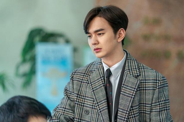 Tiểu So Ji Sub Yoo Seung Ho leo top tìm kiếm Naver vì bộ ảnh hậu trường mới: Tăng cân xong còn soái, ngầu hơn mới lạ! - Ảnh 6.