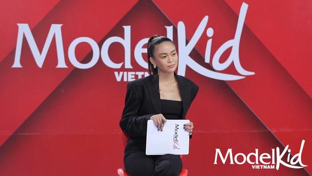 Xinh đẹp, có tâm và công bằng, Mâu Thủy lột xác ấn tượng khi làm cô giáo tại Model Kid Vietnam - Ảnh 6.