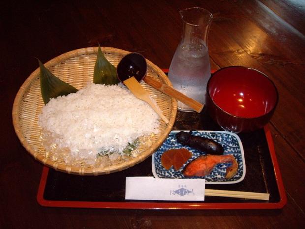 Có một món cơm là đặc sản của Nhật nhưng nhiều cư dân mạng Việt Nam nhìn thấy lại chê nhạt nhẽo - Ảnh 5.