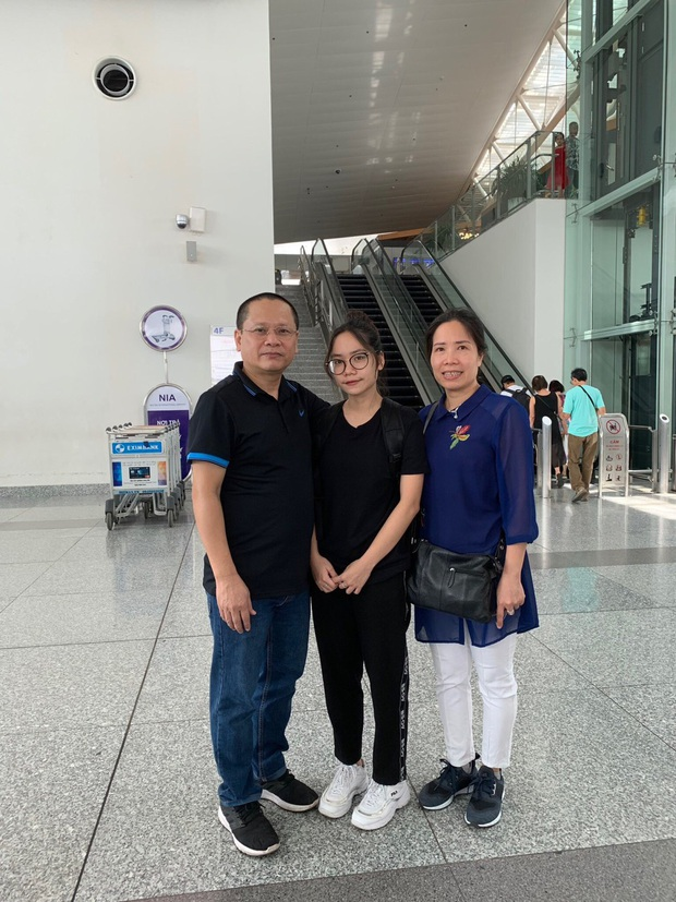 Bác sĩ BV Bạch Mai không để con gái về Việt Nam: Nhớ da diết nhưng phòng dịch tốt nhất bây giờ là ngồi yên một chỗ! - Ảnh 1.