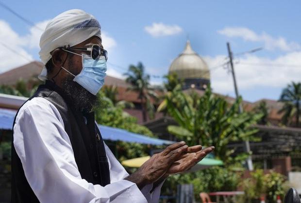 Malaysia: 711 người đi nhà thờ, về truyền bệnh cho hơn 1.100 người - Ảnh 1.