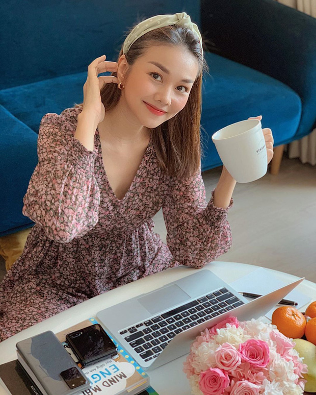 Ở nhà tránh dịch vẫn sống ảo đỉnh cao như sao Việt: Biến luôn nhà thành studio, khoe style tại gia mà xịn sò quá đáng - Ảnh 10.